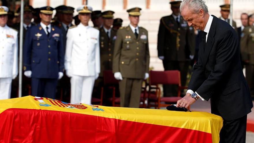 Pedro Morenés recuerda al soldado muerto en Irak en la inauguración del curso de la escuela naval