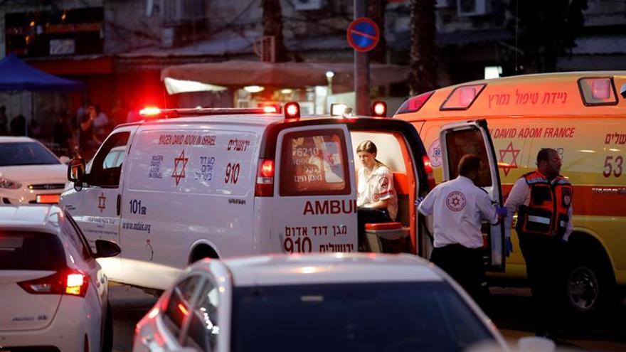 Un israelí herido en un ataque por un palestino con un cuchillo en la ciudad de Yavne