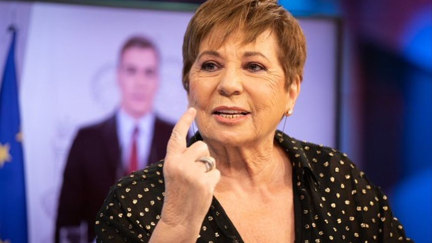 Celia Villalobos, en el plató de 'El Hormiguero'