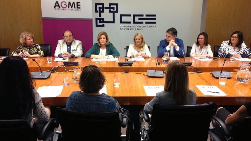 """Báñez destaca el papel de la mujer en la recuperación y apuesta por la """"conciliación"""" y """"horarios racionales"""""""