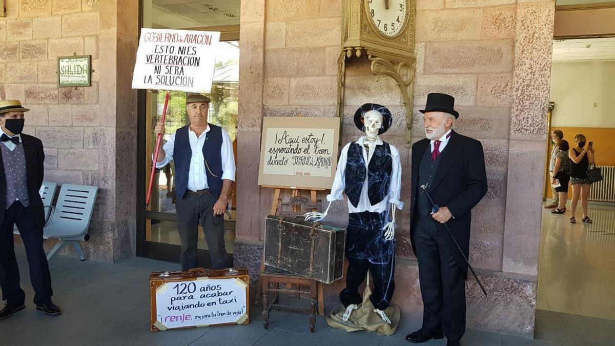 Manifestación del pasado sábado para mantener el tren