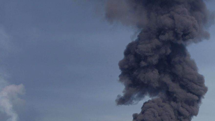 Chávez dice que nada indica que el incendio en una refinería se deba a sabotaje