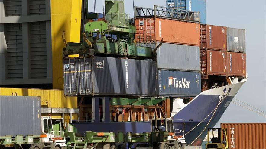 El déficit comercial hasta septiembre sube un 71 % y las exportaciones un 1,9 por ciento