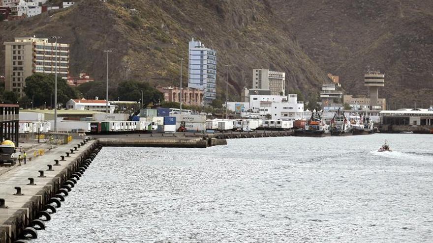 Puerto de Santa Cruz de Tenerife. (EFE/Cristóbal García)