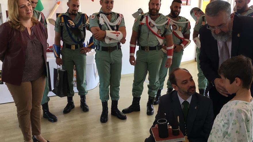 IU lleva al Parlamento andaluz la visita de legionarios a niños del Hospital Materno Infantil de Málaga