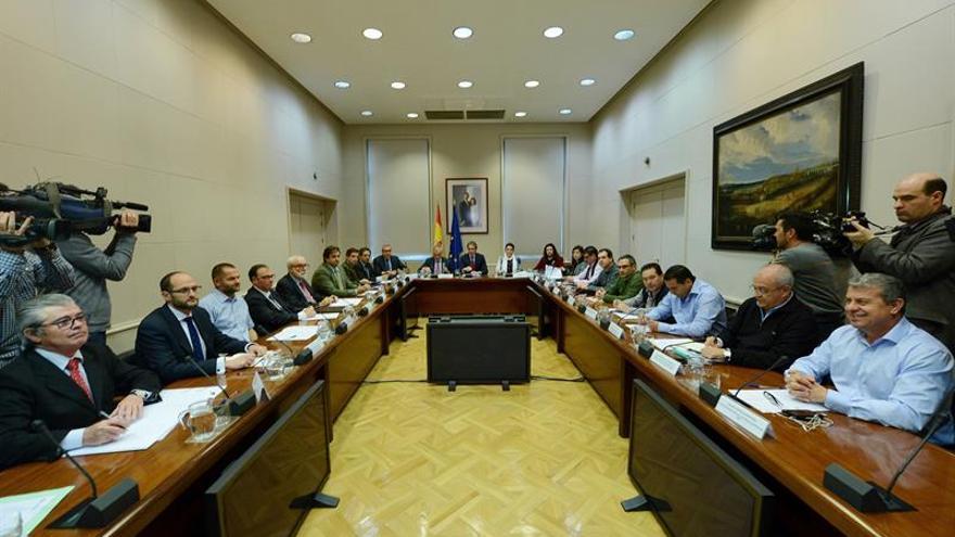 Reunión de este martes entre los representantes de los estibadores y el Ministerio de Fomento