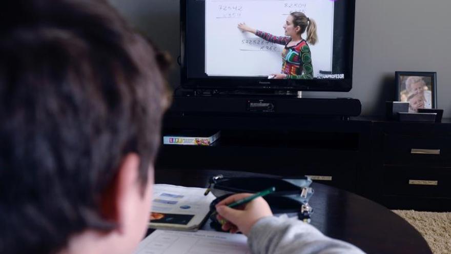 El consumo total de televisión roza las 10 horas por espectador