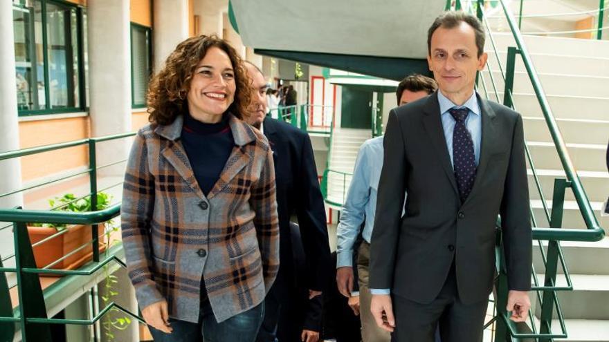 Pedro Duque visita el Centro Andaluz de Biología del Desarrollo de la UPO