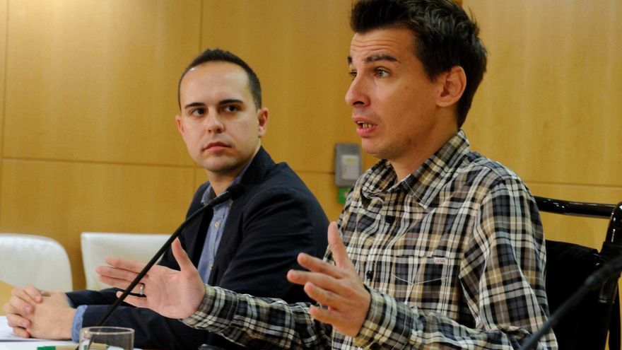 El edil de participación, Pablo Soto (dcha) junto a José Manuel Calvo (izda)   AYUNTAMIENTO DE MADRID
