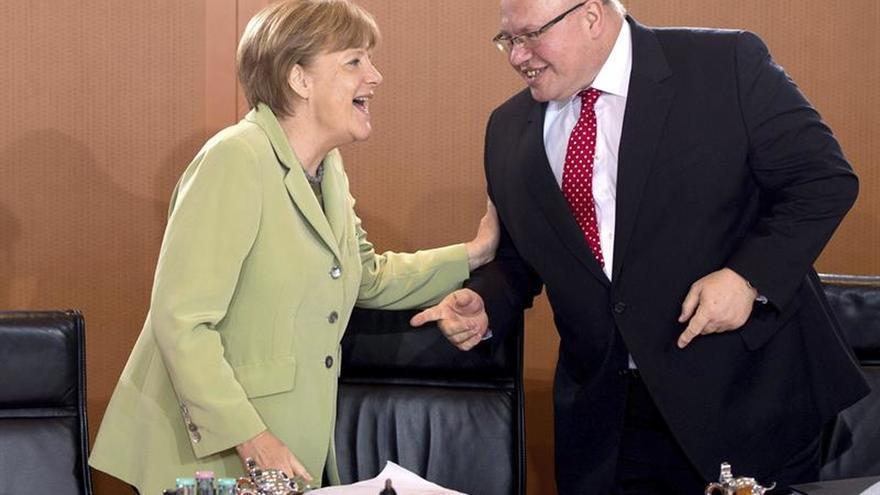 Un ministro alemán admite que la formación de gobierno puede tardar hasta 2018