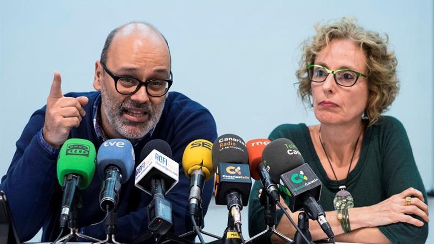 El vicepresidente segundo del Cabildo de Gran Canaria, Juan Manuel Brito, y la consejera de Igualdad, María Nebot