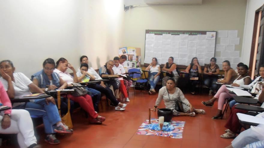 Taller en Mujeres que Crean (Medellín)