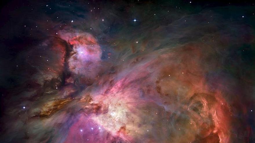 Captan la imagen del borde de la nube de Orión, la región de formación de estrellas