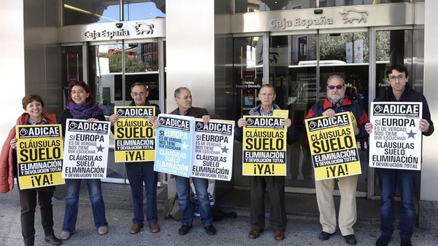 Imagen de archivo de una protesta contra las cláusulas suelo.