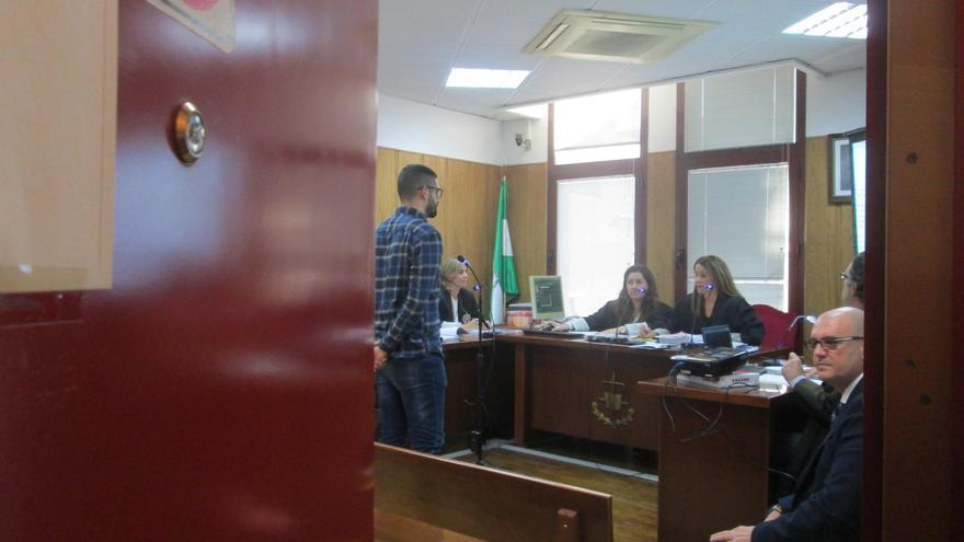 La Audiencia rechaza la vista en el caso del estudiante de la UJA condenado por agredir a un policía