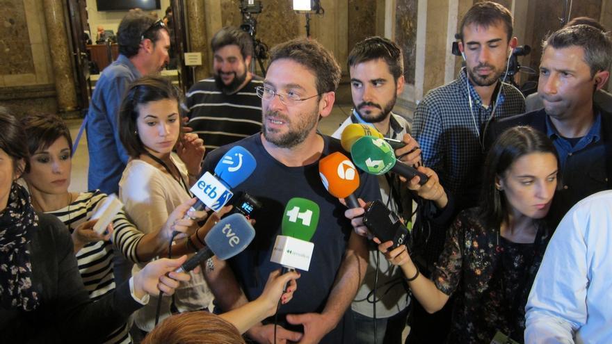 """Fachin se aferra a su cargo mientras la dirección estatal le considera """"fuera"""" de Podemos y sólo espera su dimisión"""