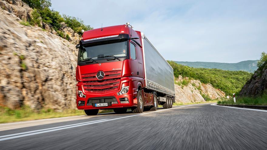 El nuevo Actros de Mercedes-Benz, presentado en Telde