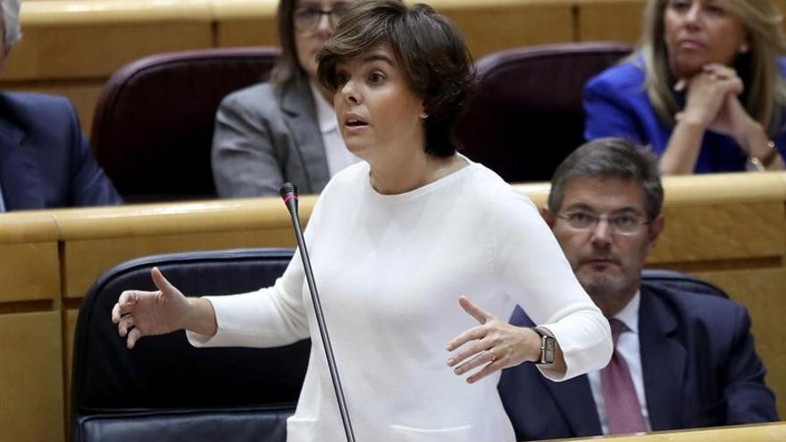 """El Gobierno censura el """"afán corrosivo"""" de Podemos por usar el 1-O contra el PP"""