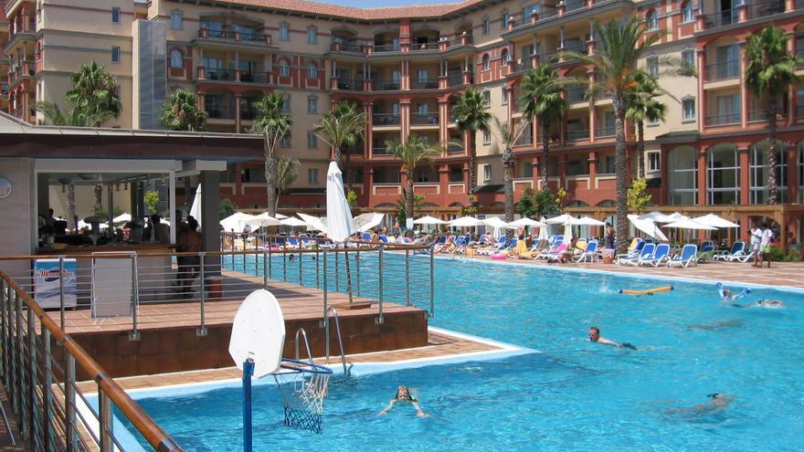 Zona de piscinas de uno de los dos hoteles de la cadena en Islantilla.