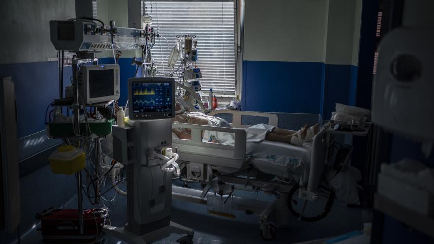 Los siete fallecidos por COVID de este martes en Tenerife presentaban patologías previas