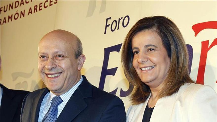 José Ignacio Wert y Fátima Báñez. \ EFE