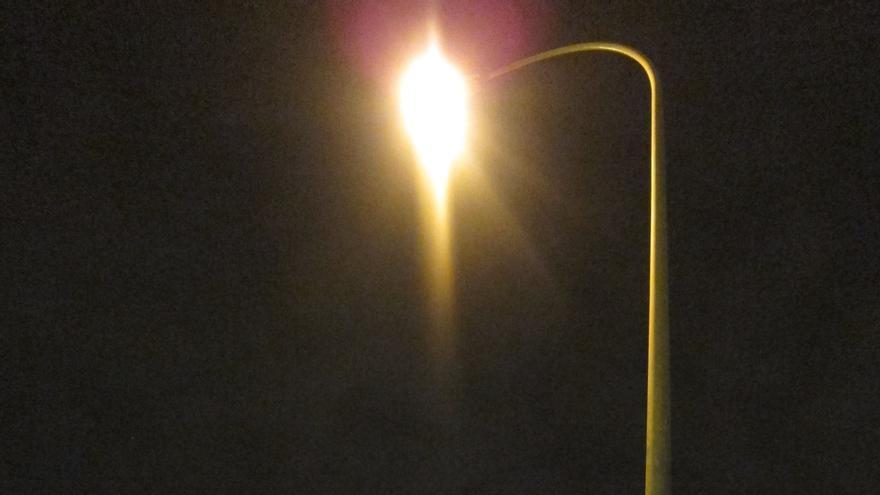 El precio de la electricidad baja un 1,8% en lo que va de año, según el INE
