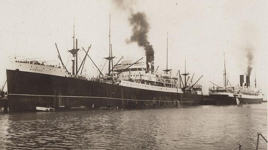 Vista general del barco francés Winnipeg, que salió de Francia en agosto de 1939 con rumbo a Chile.