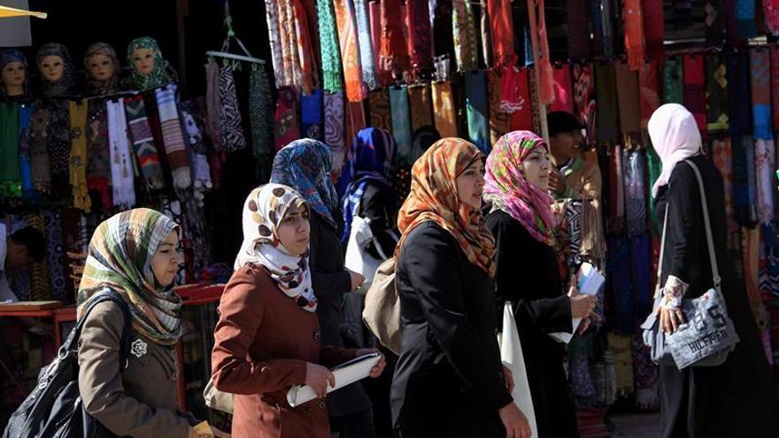 Expertas piden garantizar la libertad religiosa de musulmanes en las aulas