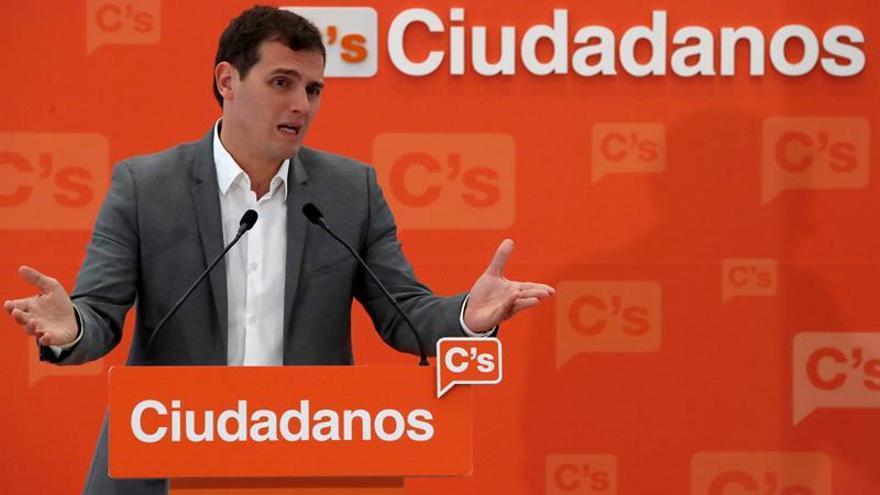 Rivera avisa que no habrá estabilidad política en España sin regeneración