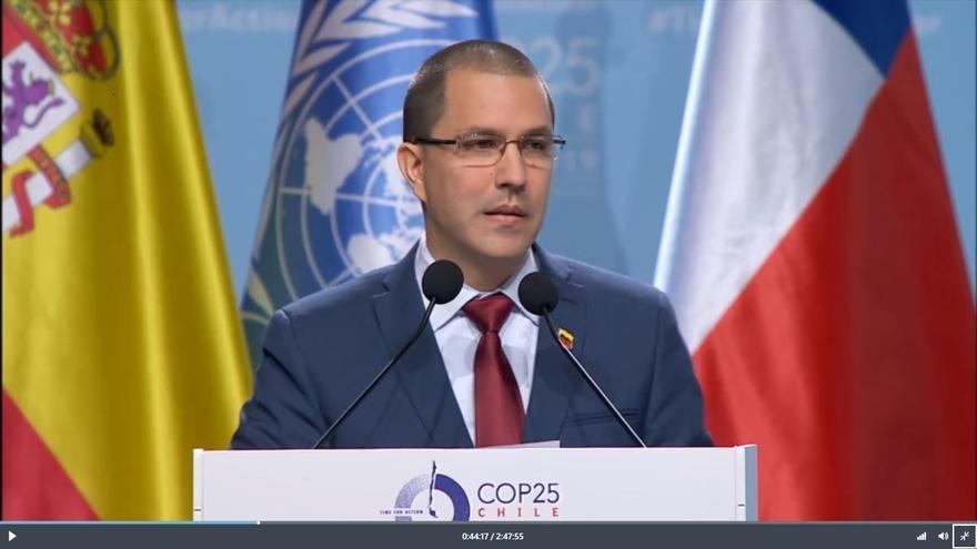 El ministro de Exteriores venezolano, Juan Arriaza en la COP25 de Madrid.