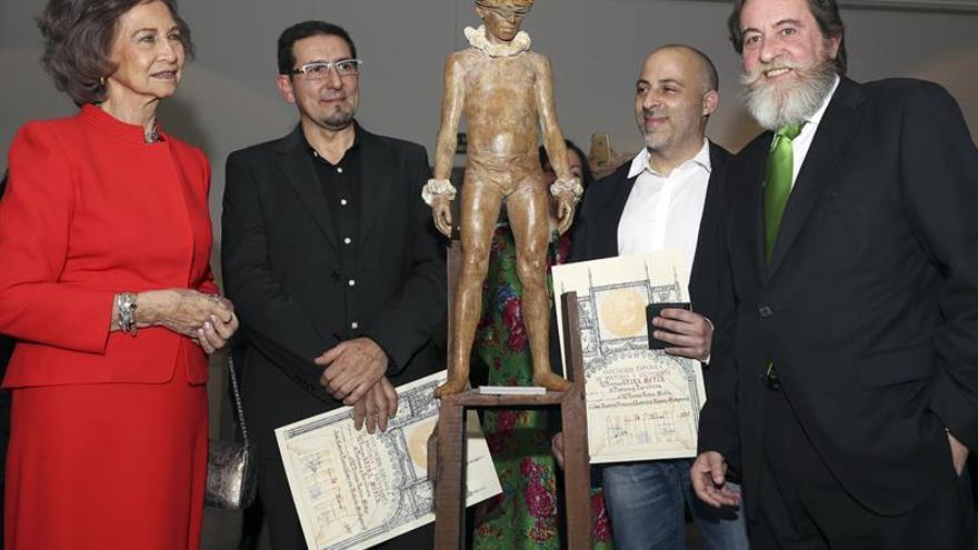 Reina Sofía entrega a Coderch y Malavia el 52 Premio de Pintura y Escultura