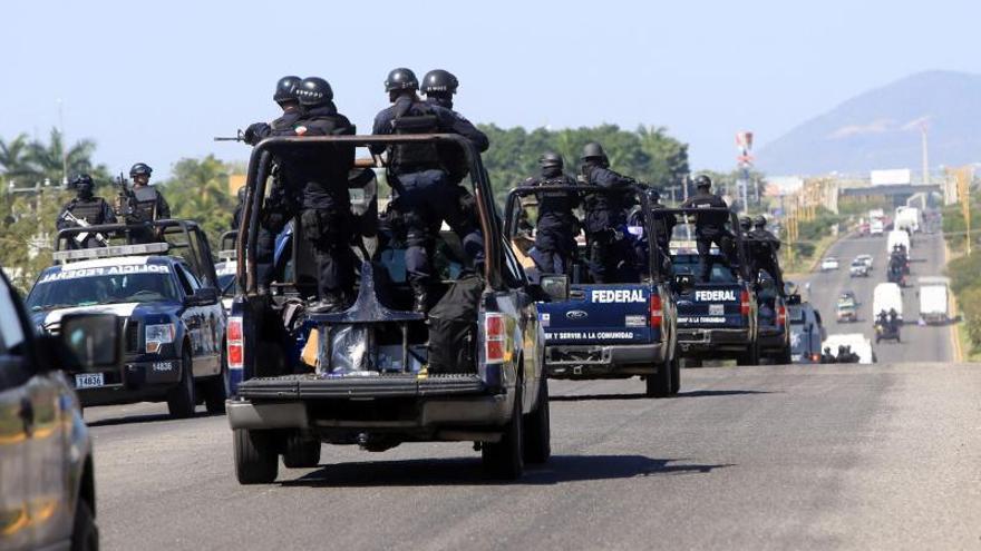 Las fuerzas federales ya tienen el control de 20 municipios de Michoacán
