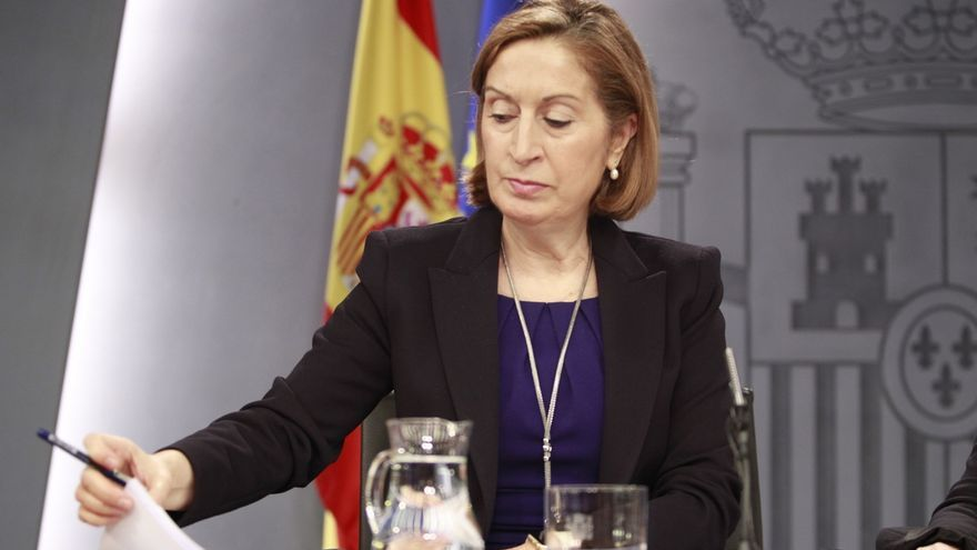 Ana Pastor evita valorar si Barberá debería renunciar a su acta de senadora