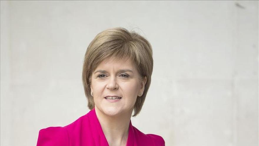 """Sturgeon promete utilizar su influencia de manera """"responsable"""" tras comicios"""