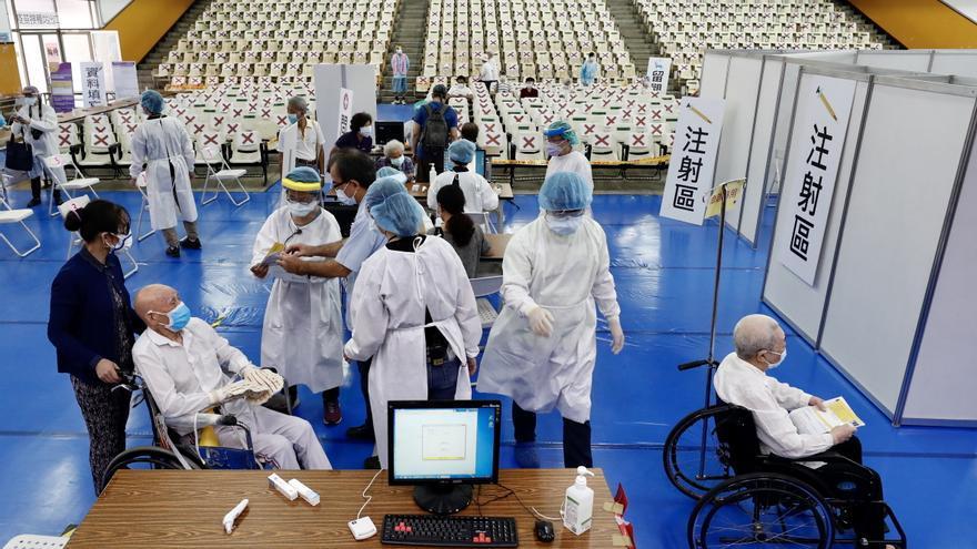 Taiwán suma 89 nuevas infecciones de coronavirus y 9 decesos más por covid-19