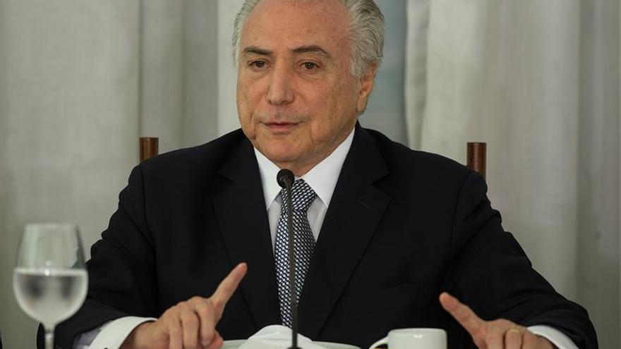 Registran gráficas en la investigación de las cuentas de la campaña de Rousseff y Temer