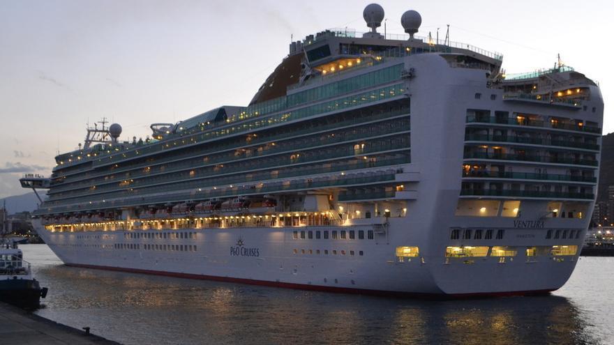 El crucero 'Ventura' en Santa Cruz de Tenerife en una visita anterior