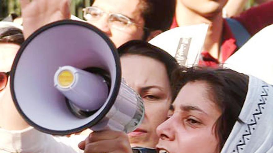 Noushin Ahmadi Khorassani, una de las activistas por los derechos de las mujeres en Irán detenida por su actividad pacífica. © www.kosoof.com