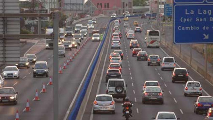 Cinco mujeres resultan heridas en una colisión en la autopista del norte de Tenerife