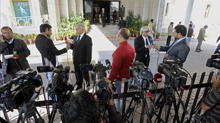 El Supremo paquistaní ordena crear un tribunal para juzgar a Musharraf por traición