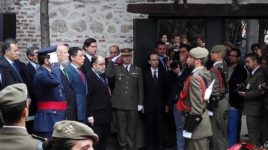 """González pide que el patriotismo de los """"héroes"""" de 1808 inspire a generaciones futuras a defender la Nación"""