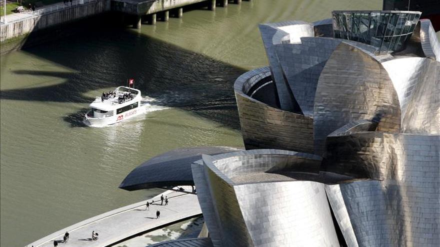 El Guggenheim muestra obras de seis artistas que juegan con la ausencia