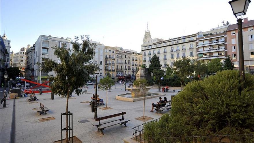 La madrileña plaza Vázquez de Mella llevará el nombre de Pedro Zerolo