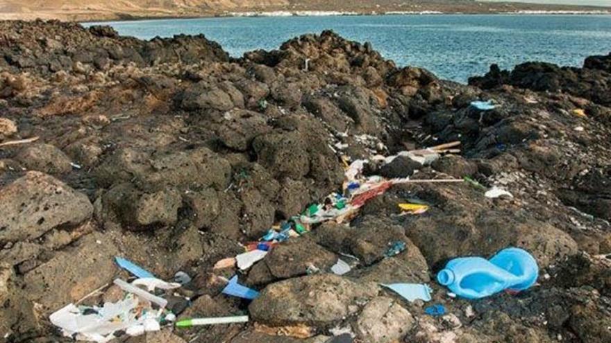 Imagen de la campaña 'Plástico Cero' del proyecto 'Agüita con el Plástico'.