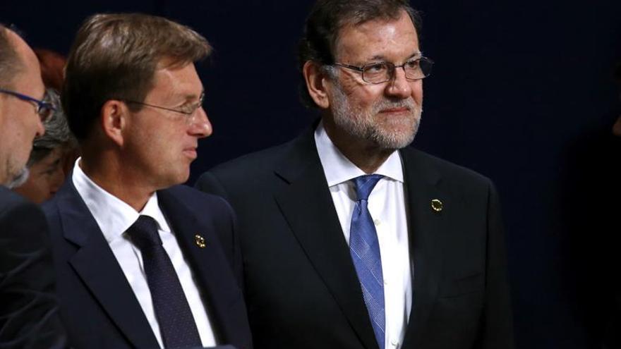 Rajoy pide a la OTAN aumentar su contribución en Irak y Libia contra el EI