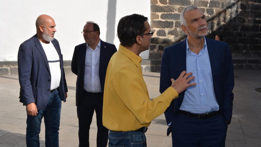 Visita del cónsul de Italia por Santa Cruz de La Palma.