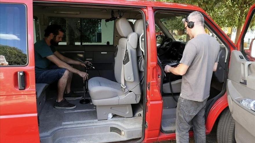 Que nadie se quede sin grabar sus canciones, aunque sea en una furgoneta