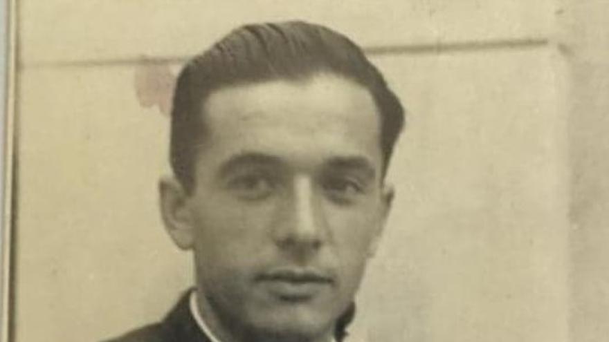 Fotografía de Antón Brouard en 1946 (cortesía de la familia Brouard).