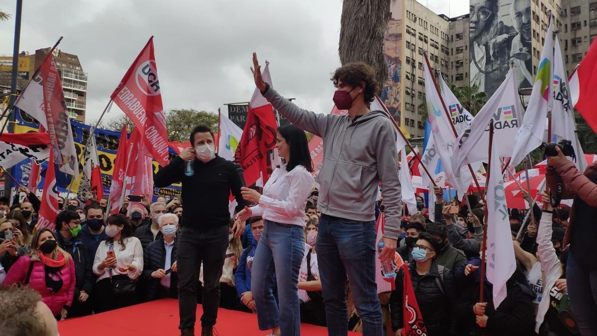 Tetaz, Coletta y Lousteau en el cierre de campaña en la Plaza Houssay