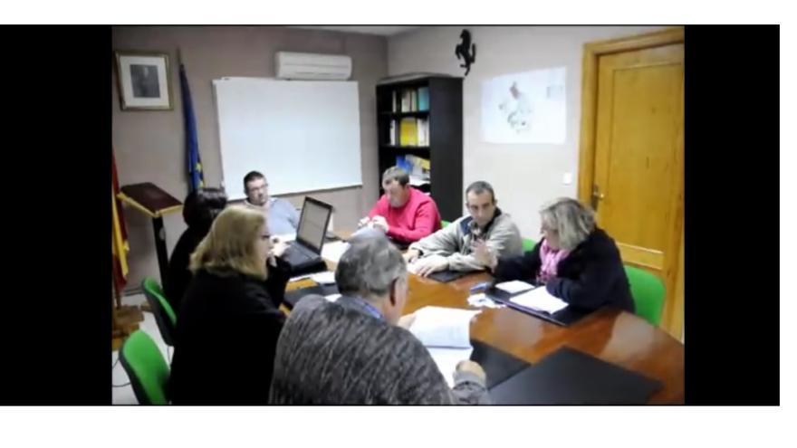 Pleno de Villar de Cañas, Cuenca, 27/11/14 / Imagen: Victor García | Youtube